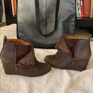 Lucky Brand Leather Zip Ankle Boots Size 8.5